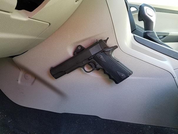 Gun Magnet2